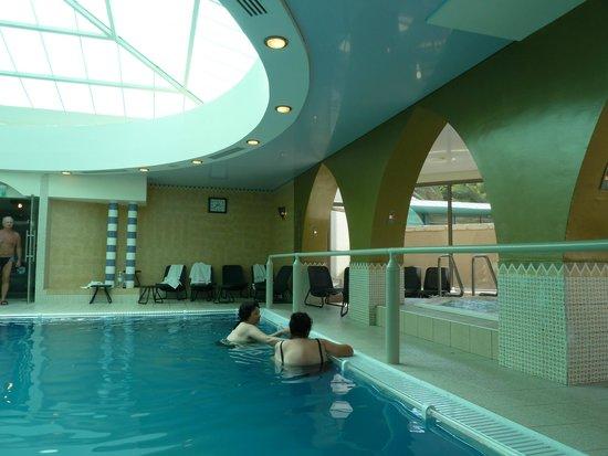 Spa Club Hotel: Spa with Dead Sea bath