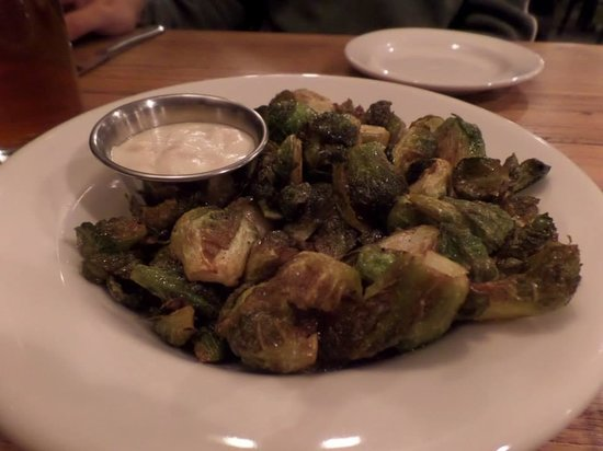 Evergreen Lodge at Yosemite Restaurant: Yummy brussel sprouts
