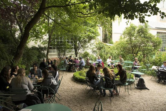 Tea garden picture of musee de la vie romantique paris - Musee de la vie romantique salon de the ...