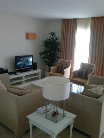 Monte Santo Resort: Salón