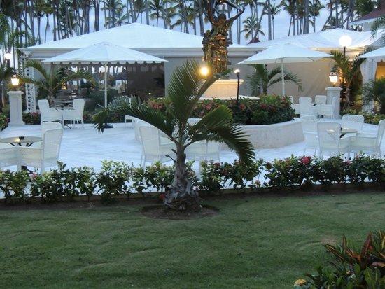 Luxury Bahia Principe Bouganville Don Pablo Collection: The Grill