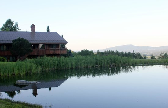 Trapp Family Lodge : Guest House at Dusk