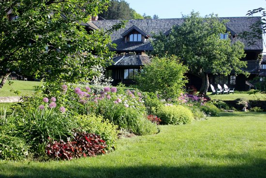 Trapp Family Lodge: Gardens with Lodge in the Background