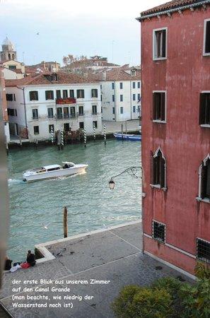 Hotel Continental Venice: Blick aus dem Fenster bei Normalwasserstand