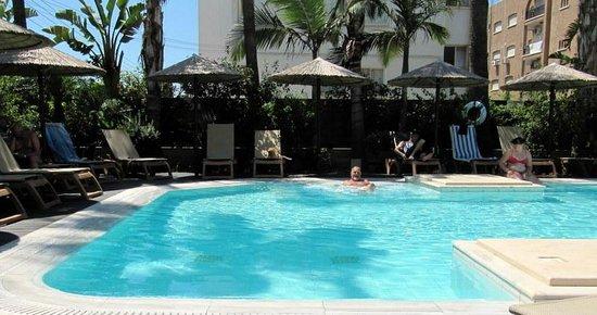Atlantica Oasis Hotel: adult pool