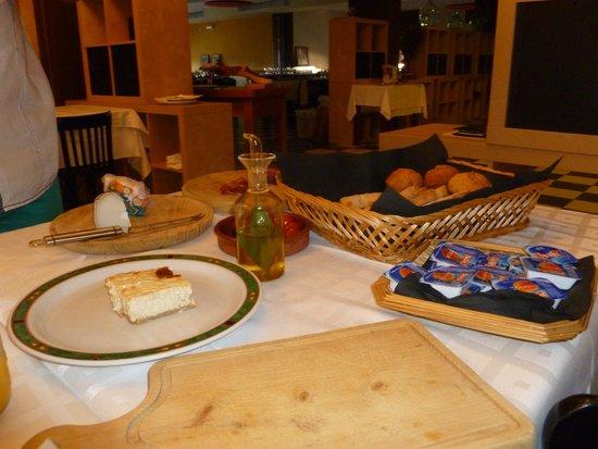 Posada Guadalupe: desayuno muy completo.