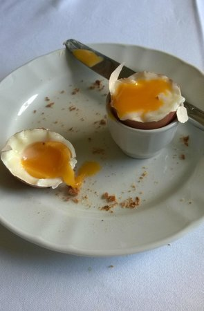 Hôtel Le Sauvage : breakfast