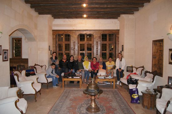 Fresco Cave Suites & Mansions: With the owner and his wonderful family