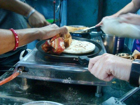 Shashi's Cooking Classes: Making chapatti