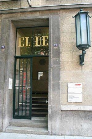 National Socialism Documentation Center : Entry