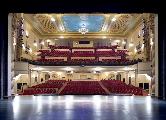 Saenger Theatre: A nice step back in time
