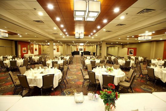 Holiday Inn & Suites Duluth Downtown : Great Lakes Ballroom, rounds of 8.