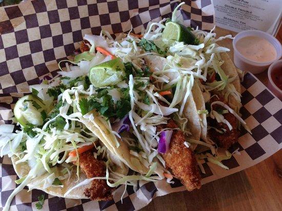 Superfly Martini Bar & Grill: Shark Tacos