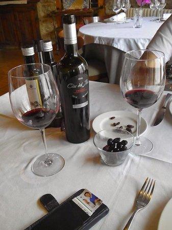 Cal Teixido Restaurant : buen vino