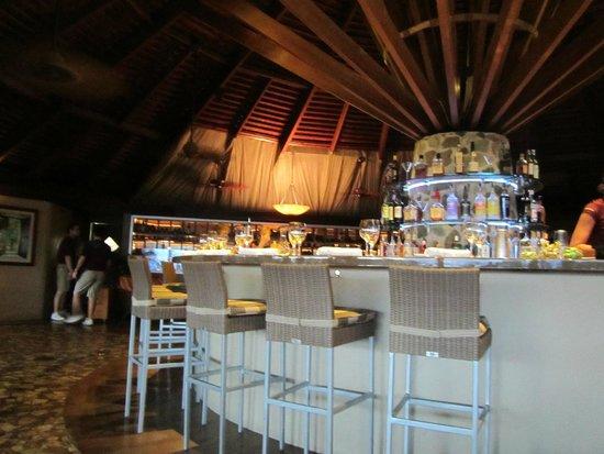 ZoZo's at the Sugar Mill: The Bar at ZoZo's