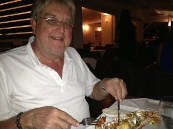 Ocean 82 : Tucking into the grilled lobster
