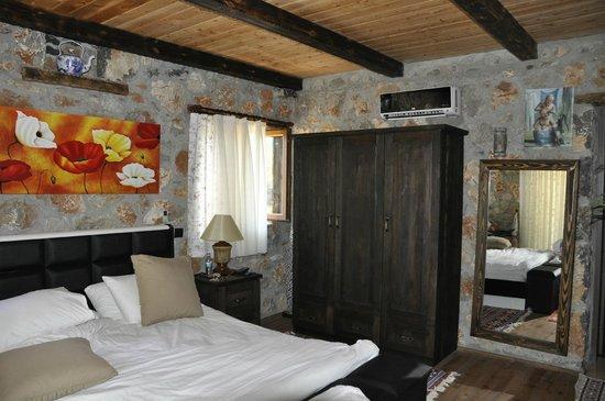 Istanbul Restaurant: Master bedroom