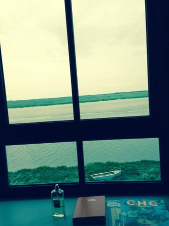 Hotel Les Pilotes : vue de la chambre