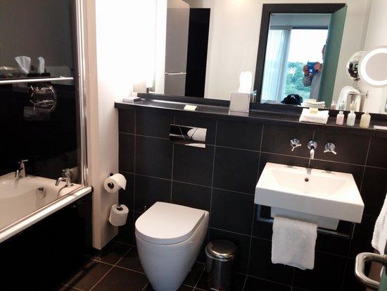 Abode Chester: vista banheiro