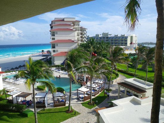 Grand Park Royal Cancun Caribe: View from our other balcony/front door.