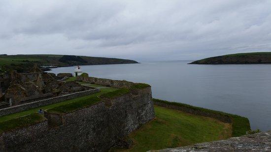 Fortaleza Charles Fort: overlooking Kinsale Harbor