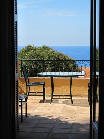 Hotel La Perouse: Our balcony