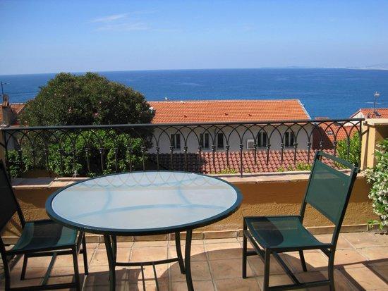 Hotel La Perouse: Our balcony
