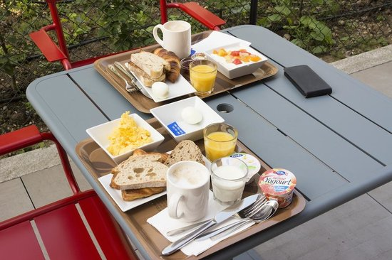 ibis Geneve Centre Nations : Breakfast