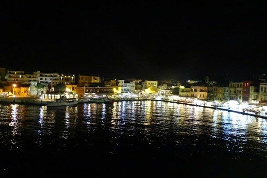 Casa Leone Boutique Hotel: Vista notturna dal terrazzo della stanza