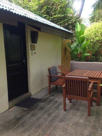 Movenpick Resort & Spa Karon Beach Phuket: Outside
