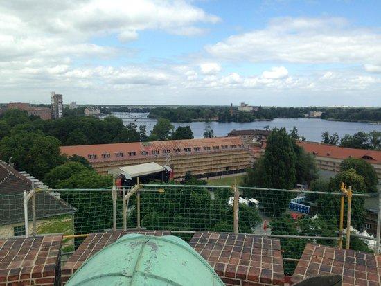 Spandau Citadel (Spandauer Zitadelle ): Widok z wieży na rzekę
