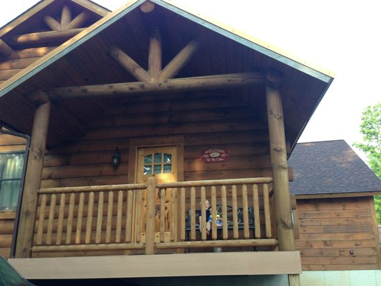 The Lodges at Sunset Village: front porch