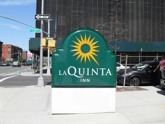 La Quinta Inn & Suites Brooklyn Downtown: extérieur de l'hôtel