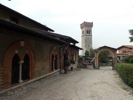 Esterno casa del podesta 39 picture of rocca di lonato for Esterno di casa