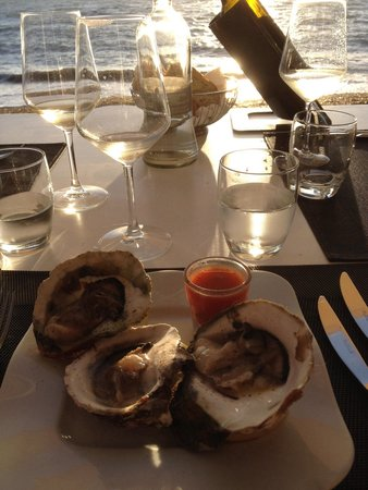 Ristorante Balneare Calamoresca Beach : Antipasto di ostriche.....