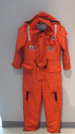Columbia River Maritime Museum: Coast Guard suit