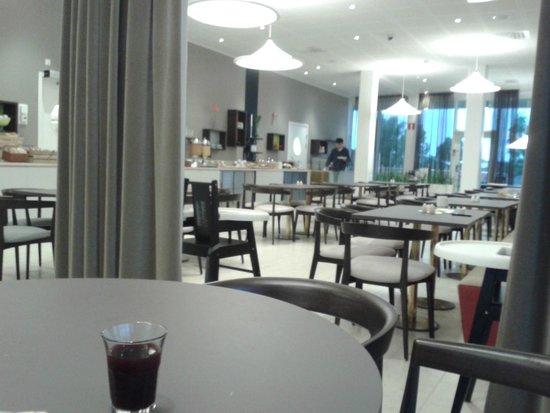 Elite Hotel Ideon: dining area