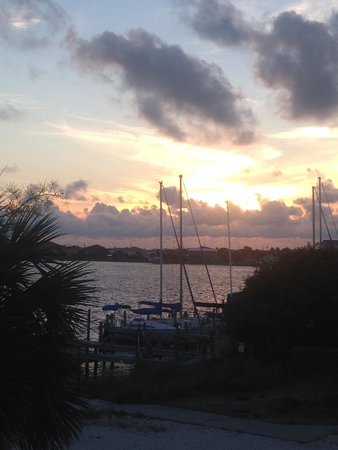 Shaggy's: Best Sunset View on the Island