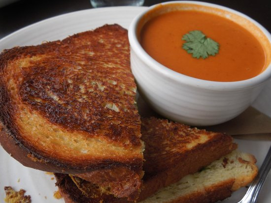 Etta's Seafood : Grilled cheese and tomato soup