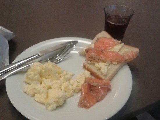 Elite Hotel Ideon : breakfast