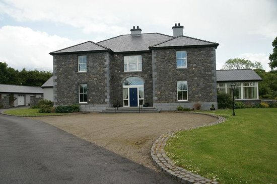 Coill Dara House B&B: Impressive house