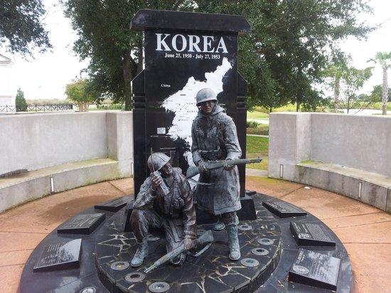 Veterans Memorial Park : Nicely done