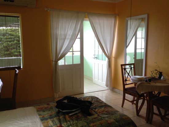 Coconut Court Beach Hotel: Partial view of my room....