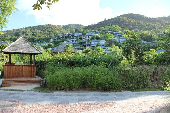 Raffles Seychelles: Вид на отель