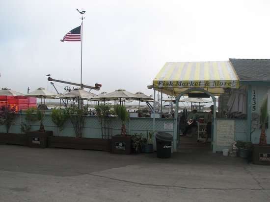 Tognazzini's Dockside Restaurant: Welcome!