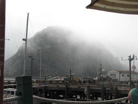 Tognazzini's Dockside Restaurant : View of Morro Rock