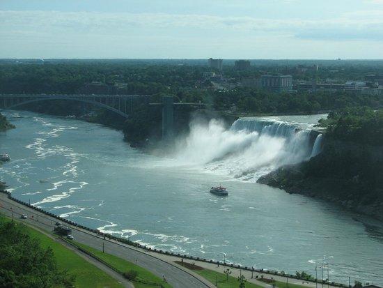 Niagara Falls Marriott Fallsview Hotel & Spa : American Falls view from the Marriott Fallsview Hotel