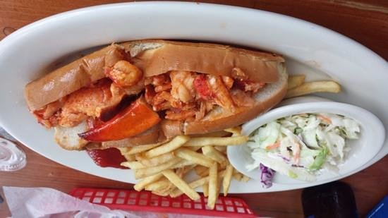 Monkey Farm: Hot Lobster Roll