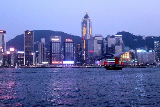 The Ritz-Carlton, Hong Kong: Пиратский корабль