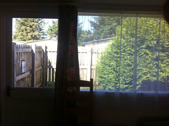 Solway Holiday Village: view out of the sitting room onto the hot tub area
